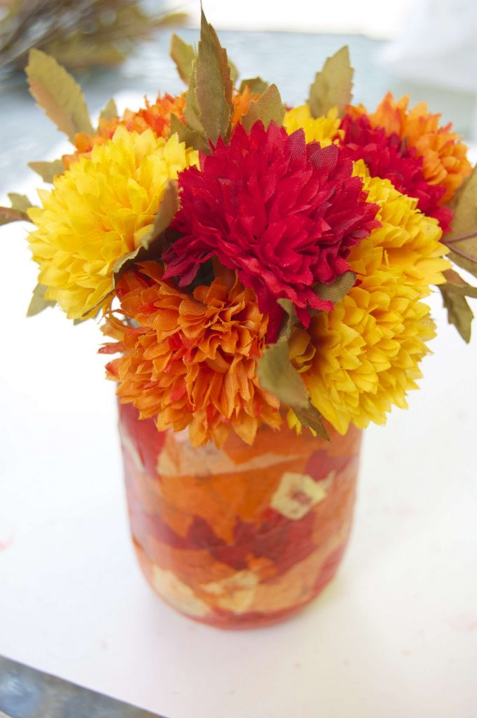Fall craft: a fall flower jar tutorial! Super fun and easy fall craft! - Sara Laughed