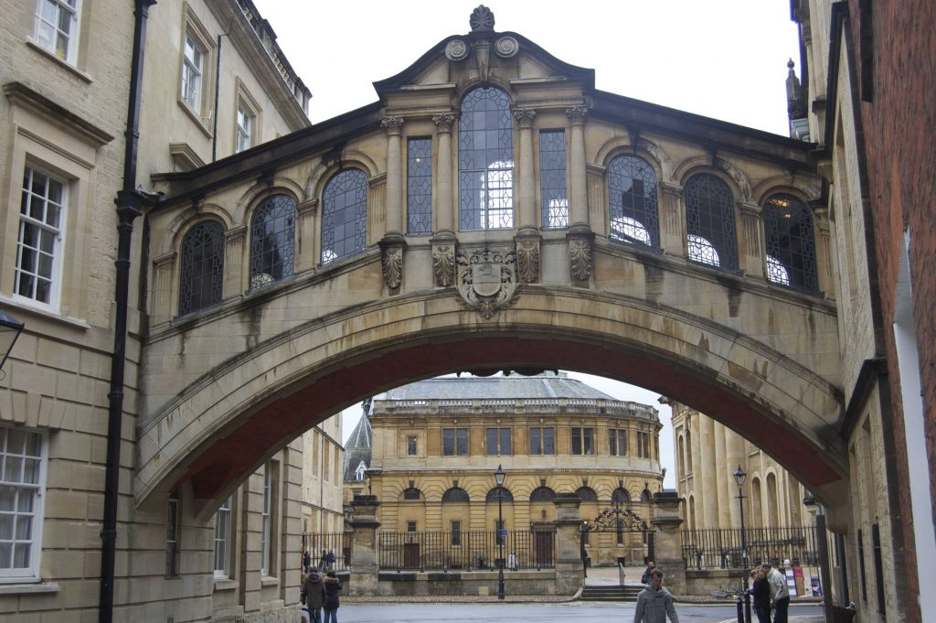 Studying Abroad at Oxford University: a Guest Post by Sara Laughed | CosmosMariners.com