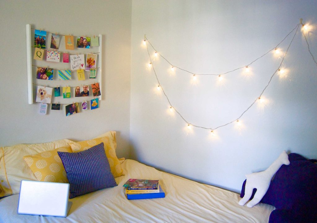 My dorm style is colorful, feminine, and fun! Check out my favorite picks from Bed Bath and Beyond's college dorm selection, and read on about how I'm decorating my dorm! | Sara Laughed #ad #BedBathAndBeyond