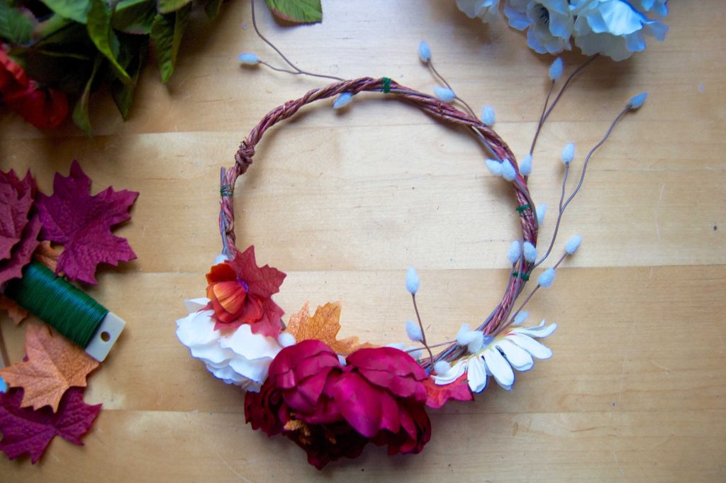 Flower Crown Diy How To Make A Flower Crown Sara Laughed