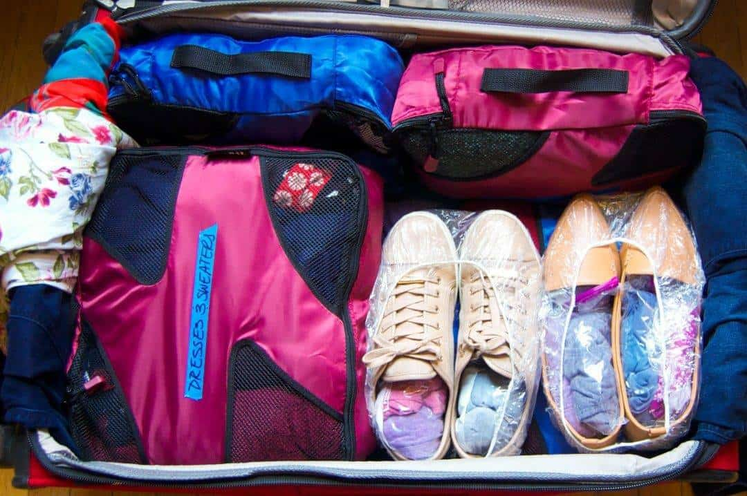 How to Pack Perfectly for a Flight: How I Pack My Suitcases