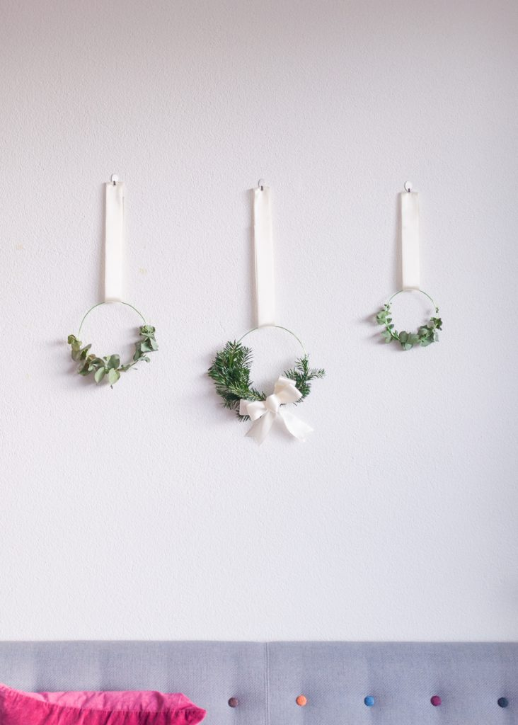 Make Some Holiday Cheer with Minimalist Hanging Wreaths
